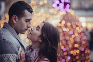 couple-lights-vancouver-winter-date