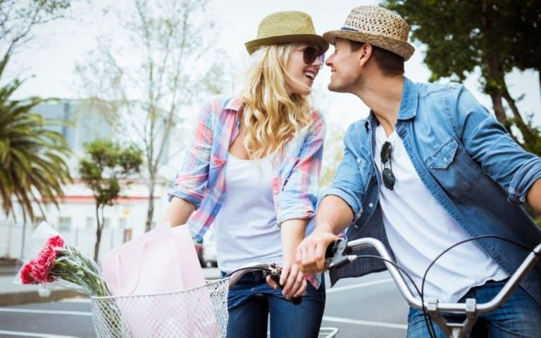 4 Romantic Summer Date Ideas For Vancouver