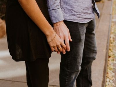 What To Do When He Pulls Away Early In The Relationship